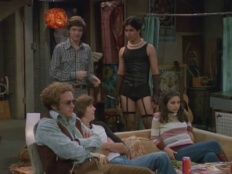 That '70s Show 03x04 : Too Old to Trick or Treat, Too Young to Die- Seriesaddict